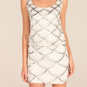 NWT Nicole Miller Scalloped Sequin Cocktail Dress